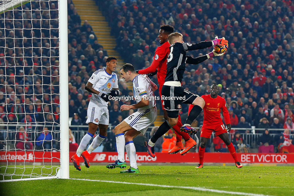 26.11.2016. Anfield, Liverpool, England. Premier League Football. Liverpool versus Sunderland. Jordan Pickford of Sunderland catches the ball from a cross
