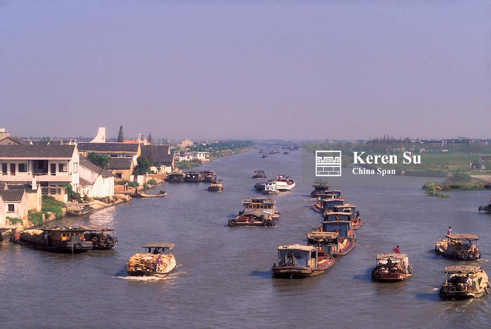 Junk boats on the Grand Canal, Jiangsu Province, China