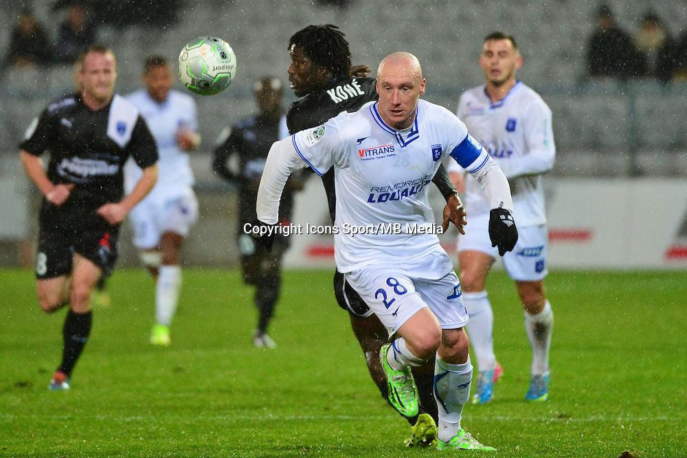 Sebastien PUYGRENIER / Seydou KONE   - 19.12.2014 - Auxerre / Niort - 18e journee Ligue 2<br /> Photo : Dave Winter / Icon Sport