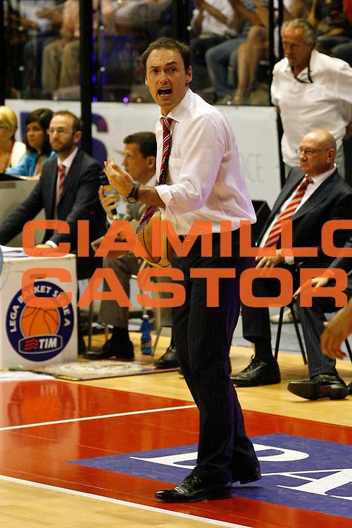 DESCRIZIONE : Biella Lega A 2008-09 Playoff Semifinale Gara 4 Angelico Biella Armani Jeans Milano<br /> GIOCATORE : Luca Bechi<br /> SQUADRA : Angelico Biella<br /> EVENTO : Campionato Lega A 2008-2009 <br /> GARA : Angelico Biella Armani Jeans Milano<br /> DATA : 04/06/2009<br /> CATEGORIA : Coach <br /> SPORT : Pallacanestro <br /> AUTORE : Agenzia Ciamillo-Castoria/E.Pozzo
