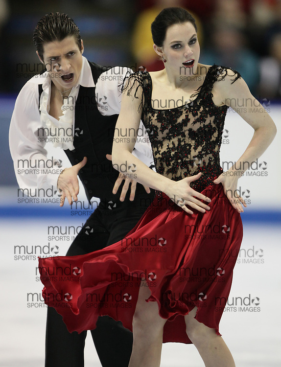 London, Ontario ---10-01-15--- Tessa Virtue and Scott Moir skate their origional dance program at the 2010 BMO Canadian Figure Skating Championships in London, Ontario, January 15, 2010. .GEOFF ROBINS/Mundo Sport Images..
