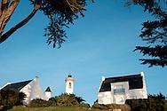 Maisons bretonne en bord de mer, Port-Navalo, Bretagne, France.