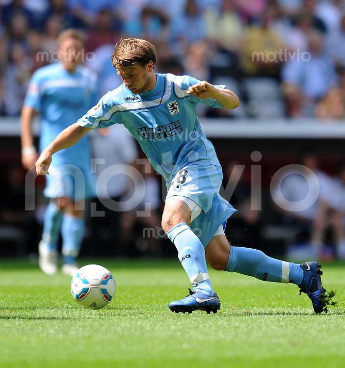 2. Fussball Bundesliga:  Saison   2011/2012,    2.  Spieltag  TSV 1860 Muenchen - FC Erzgebirge Aue  14.08.2011 Daniel Halfar (1860 Muenchen)