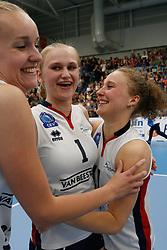 20190424 NED: Sliedrecht Sport - VC Sneek: Sliedrecht<br /> Sliedrecht Sport Nederlands Kampioen Volleybal Seizoen 2018 - 2019, Christie Wolt (1) of Sliedrecht Sport , Ana Rekar (11) of Sliedrecht Sport <br /> ©2019-FotoHoogendoorn.nl / Pim Waslander