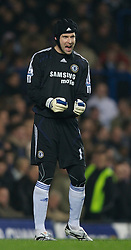 LONDON, ENGLAND - Wednesday, December 19, 2007: Chelsea's goalkeeper Petr Cech during the League Cup Quarter Final match at Stamford Bridge. (Photo by David Rawcliffe/Propaganda)