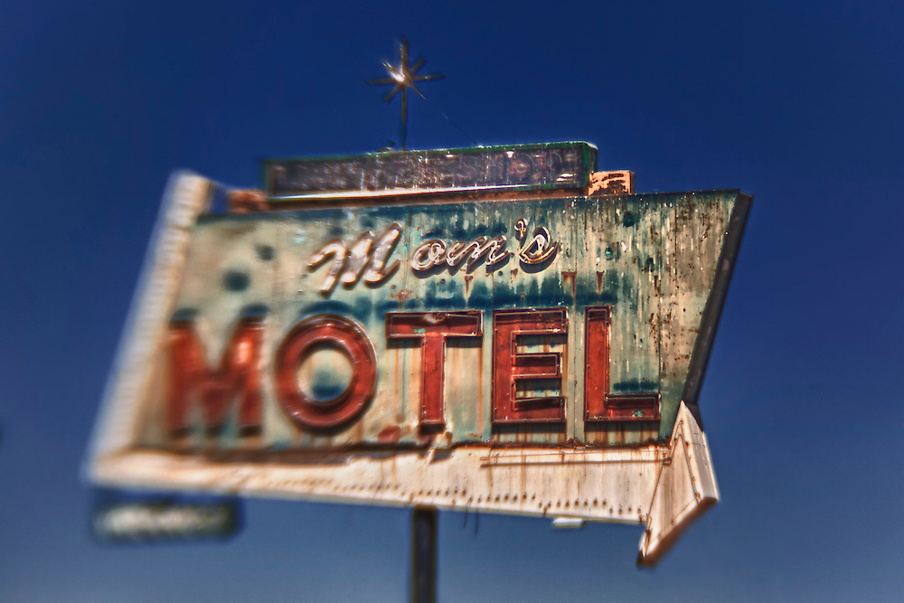 Mom's Motel Sign Northbound View - Tulare, CA - Highway 99 - HDR - Lensbaby