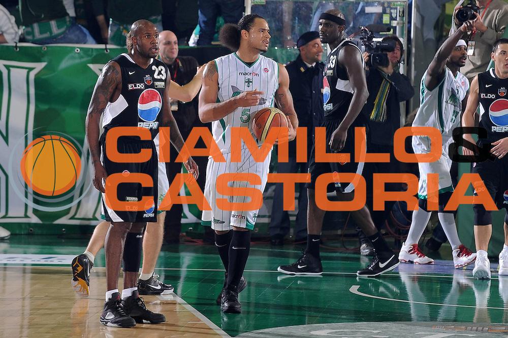 DESCRIZIONE : Avellino Lega A 2009-10 Air Avellino Pepsi Juve Caserta<br /> GIOCATORE : Chevon Troutman<br /> SQUADRA : Air Avellino<br /> EVENTO : Campionato Lega A 2009-2010<br /> GARA : Air Avellino Pepsi Juve Caserta<br /> DATA : 19/12/2009<br /> CATEGORIA : Delusione<br /> SPORT : Pallacanestro<br /> AUTORE : Agenzia Ciamillo-Castoria/GiulioCiamillo<br /> Galleria : Lega Basket A 2009-2010 <br /> Fotonotizia : Avellino Campionato Italiano Lega A 2009-2010 Air Avellino Pepsi Juve Caserta<br /> Predefinita :