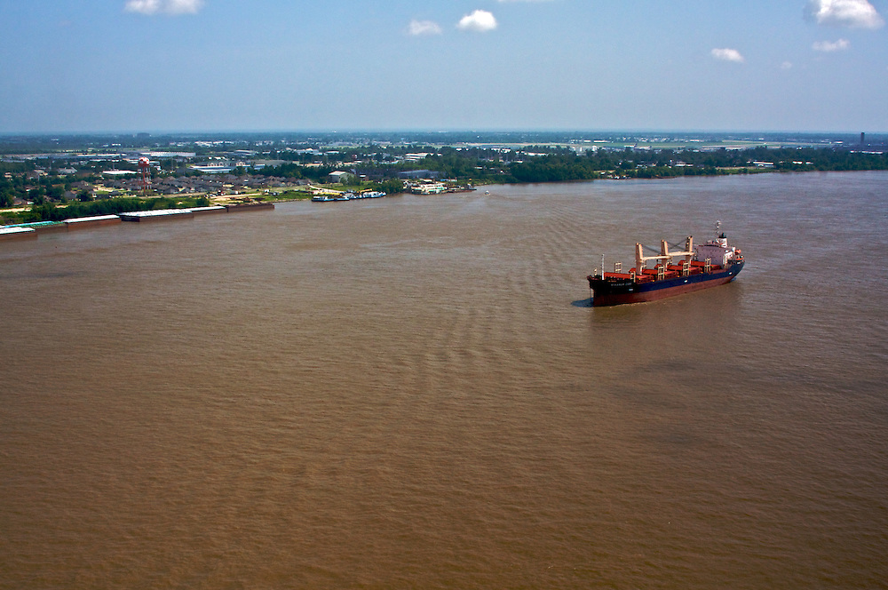 Mississippi River at Ama, St. Charles Parish, Louisiana, USA. View downriver toward New Orleans.