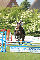 Ahsbahs, Deike, Chillma<br /> Fehmarn - Holsteiner Masters<br /> Springpferde Kl. A, 5+6j. Pferde<br /> © www.sportfotos-lafrentz.de/ Stefan Lafrentz