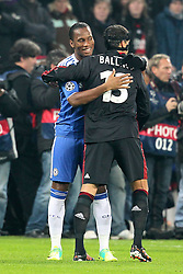 23.11.2011, BayArena, Leverkusen, Germany, UEFA CL, Gruppe E, Bayer 04 Leverkusen (GER) vs Chelsea FC (ENG), im Bild Didier Drogba (Chelsea #11) und Michael Ballack (Leverkusen #13) umarmen sich vor dem Spiel // during the football match of UEFA Champions league, group E, between Bayer Leverkusen (GER) and FC Chelsea (ENG) at BayArena, Leverkusen, Germany on 23/11/2011.EXPA Pictures © 2011, PhotoCredit: EXPA/ nph/ Mueller..***** ATTENTION - OUT OF GER, CRO *****