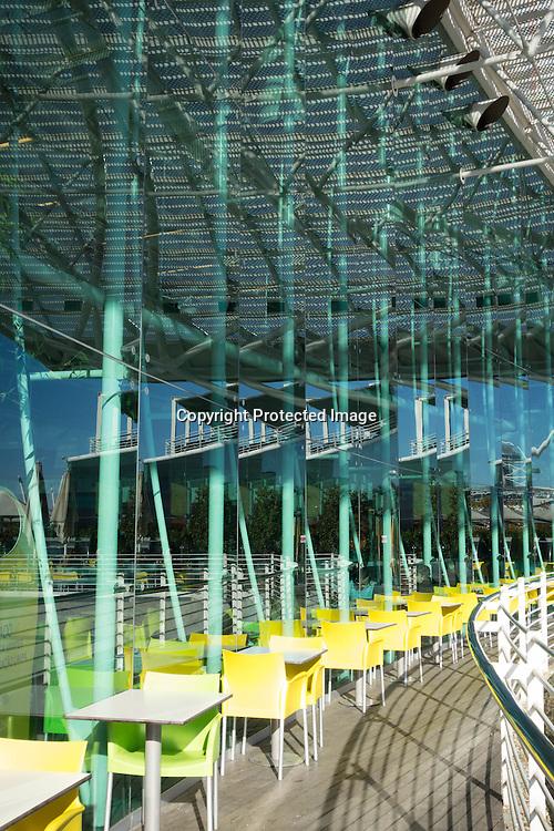 Portugal. Lisbon. Mirror game on vasco de Gama commercial center . Parque des nacoes Orient district area  /  reflexion sur le centre commercial vasco de Gama.  le quartier du parc des nations a Oriente . Lisbonne