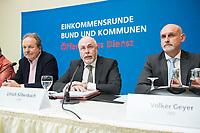 08 FEB 2018, BERLIN/GERMANY:<br /> Frank Bsirske (L), Vorsitzender ver.di, Ulrich Silberbach (M), Bundesvorsitzender dbb, Volker Geyer (R), Stellv. Bundesvorsitzender dbb, Pressekonferenz der Dienstleistungsgewerkschaft ver.di und des Deutschen Beamtenbundes, dbb, zur Einkommensrunde Bund un Kommunen im &Ouml;ffentlichen Dienst, Hotel Melia<br /> IMAGE: 20180208-01-011