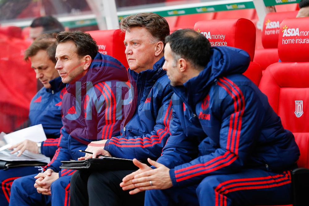 Manchester United Manager Louis van Gaal looks on - Mandatory byline: Rogan Thomson/JMP - 26/12/2015 - FOOTBALL - Britannia Stadium - Stoke, England - Stoke City v Manchester United - Barclays Premier League - Boxing Day Fixture.