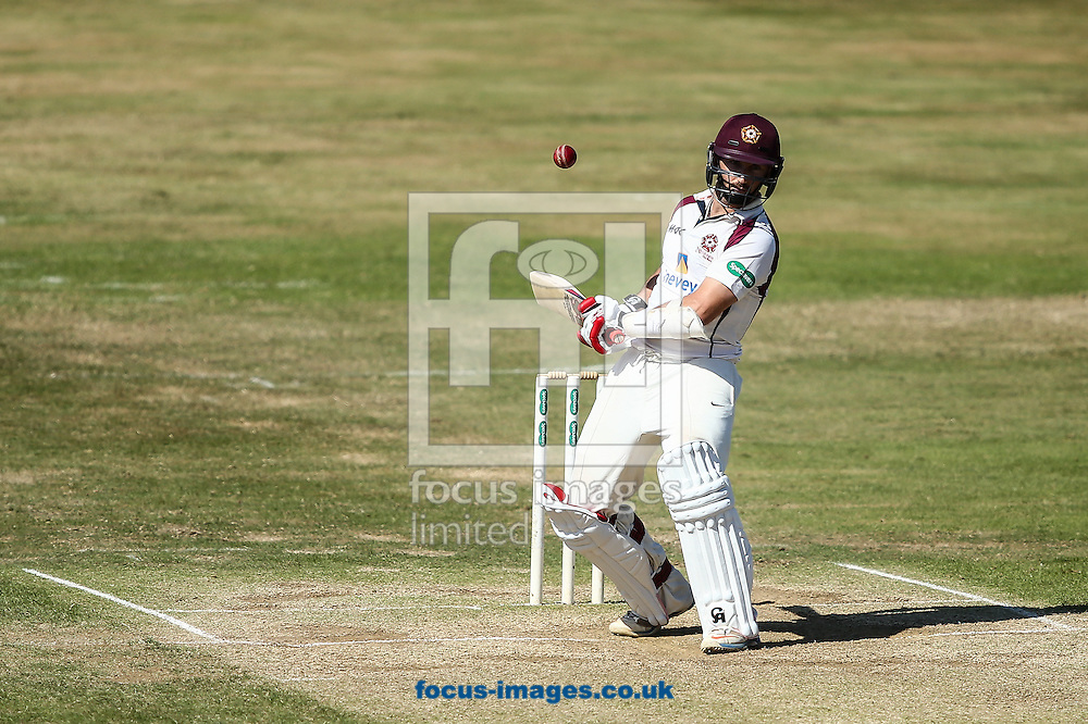 Steven Crook of Northamptonshire CCC takes evasive action during the Specsavers County C'ship Div Two match at the County Ground, Northampton<br /> Picture by Andy Kearns/Focus Images Ltd 0781 864 4264<br /> 15/08/2016