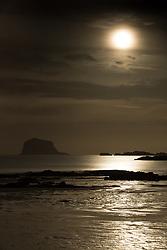 Super Moon in North Berwick 03 December 2017; The Super Moon rises above the Bass Rock at North Berwick, East Lothian.<br /> <br /> (c) Chris McCluskie   Edinburgh Elite media