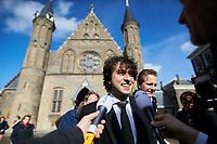 Nederland, Den Haag, 21 maart 2017 -  Groenlinks fractievoorzitter Jesse Klaver op het Binnenhof voorafgaand aan zijn  gesprek met verkenner Edith Schippers.<br /> Foto; Phil Nijhuis
