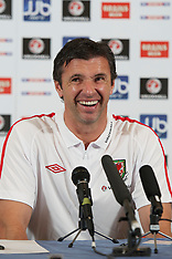 110526 Wales press conf & training