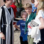 NLD/Zeist/20180510 - Première van Ashtonia, show Enfant Terrible, Anniek Pheifer en kinderen Willem en Douwe