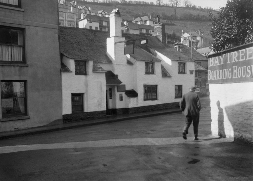 Jolly Sailor's Inn, West Looe, Cornwall, England, 1932