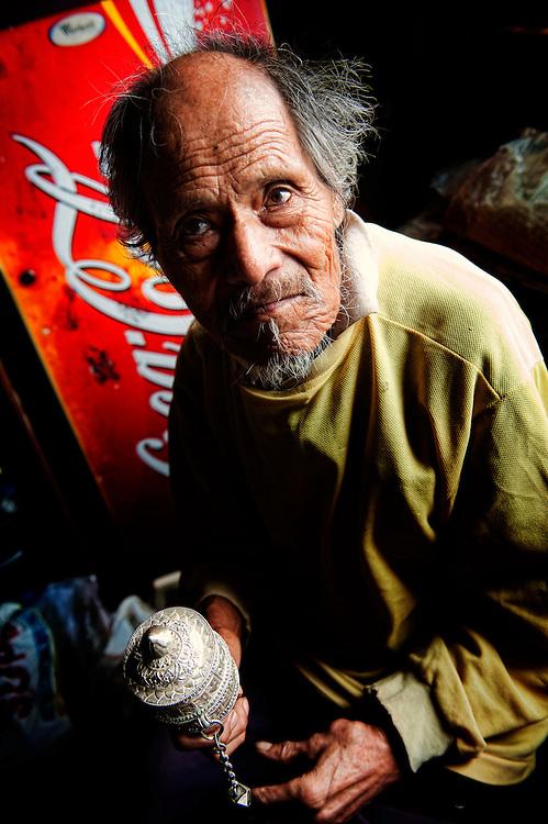 Asia, Tibet, Bhutan, Wangdue, market, old, man, portrait