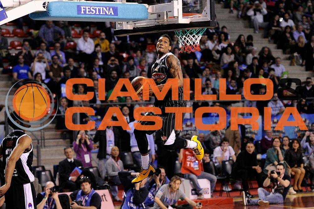 DESCRIZIONE : Ancona Beko All Star Game 2013-14 Beko All Star Team Italia Nazionale Maschile<br /> GIOCATORE : Gara delle Schiacciate Chris Roberts<br /> CATEGORIA : <br /> SQUADRA : All Star Team Italia Nazionale Maschile<br /> EVENTO : All Star Game 2013-14<br /> GARA : Italia All Star Team<br /> DATA : 13/04/2014<br /> SPORT : Pallacanestro<br /> AUTORE : Agenzia Ciamillo-Castoria/M.Marchi<br /> Galleria : FIP Nazionali 2014<br /> Fotonotizia : Ancona Beko All Star Game 2013-14 Beko All Star Team Italia Nazionale Maschile<br /> Predefinita :