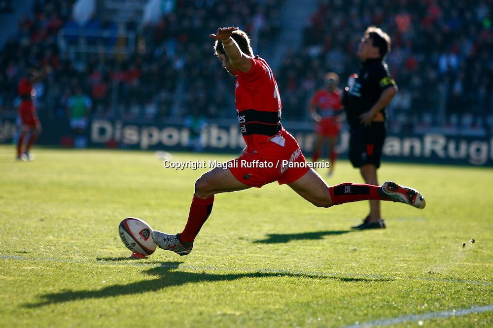 leigh halfpenny (rct). Top 14 Rugby, Toulon v Racing Metro, 10 January 2015.
