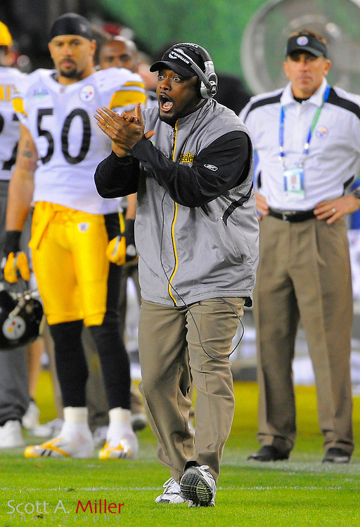 Feb 1, 2009; Tampa, FL, USA; Pittsburgh Steelers head coach Mike Tomlin cheers his team during the fourth quarter of Super Bowl XLIII against the Arizona Cardinals at Raymond James Stadium.  ©2009 Scott A. Miller