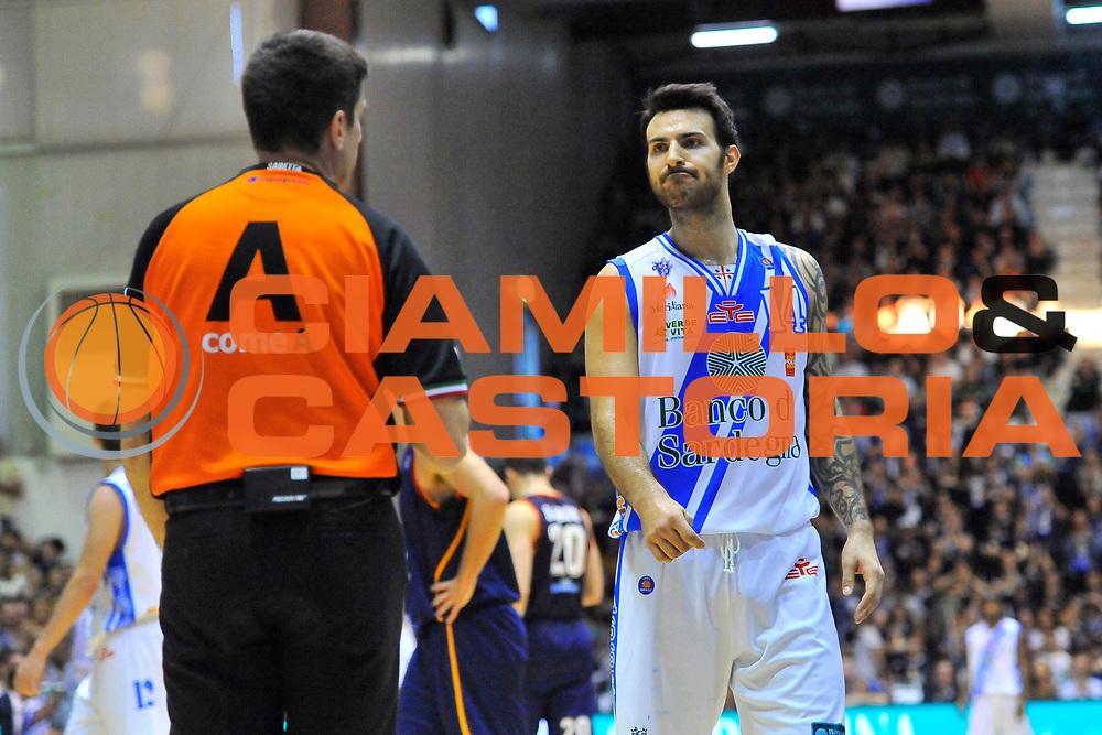 DESCRIZIONE : Campionato 2013/14 Dinamo Banco di Sardegna Sassari - Acea Virtus Roma<br /> GIOCATORE : Enrico Sabetta Brian Sacchetti<br /> CATEGORIA : Fair Play<br /> SQUADRA : Dinamo Banco di Sardegna Sassari<br /> EVENTO : LegaBasket Serie A Beko 2013/2014<br /> GARA : Dinamo Banco di Sardegna Sassari - Acea Virtus Roma<br /> DATA : 19/04/2014<br /> SPORT : Pallacanestro <br /> AUTORE : Agenzia Ciamillo-Castoria / Luigi Canu<br /> Galleria : LegaBasket Serie A Beko 2013/2014<br /> Fotonotizia : Campionato 2013/14 Dinamo Banco di Sardegna Sassari - Acea Virtus Roma<br /> Predefinita :