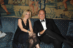 PIA GETTY and CHARLES FINCH at a dinner hosted by the Italian Ambassador for the Buccellati family held at the Italian Embassy, Grosvenor Square, London on 28th March 2007.<br /><br />NON EXCLUSIVE - WORLD RIGHTS
