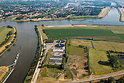 Nederland, Zuid-Holland, Vianen, 08-07-2010; Lek met uiterwaarden, rioolwaterzuivering in de Pontswaard. Boven in beeld Vreeswijk met ingang Lekkanaal..Floodplains river Lek with Sewage treatment plant..luchtfoto (toeslag), aerial photo (additional fee required).foto/photo Siebe Swart
