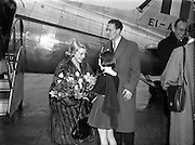 Film Stars - Rosemary Clooney and Jose Ferrer on a visit to Ireland<br /> 22/01/1954<br /> <br /> José Vicente Ferrer de Otero y Cintrón (08/01/1912 – 26/01/1992), best known as José Ferrer, was a Puerto Rican actor, as well as a theater and film director. He was the first Hispanic actor to win an Academy Award.<br />