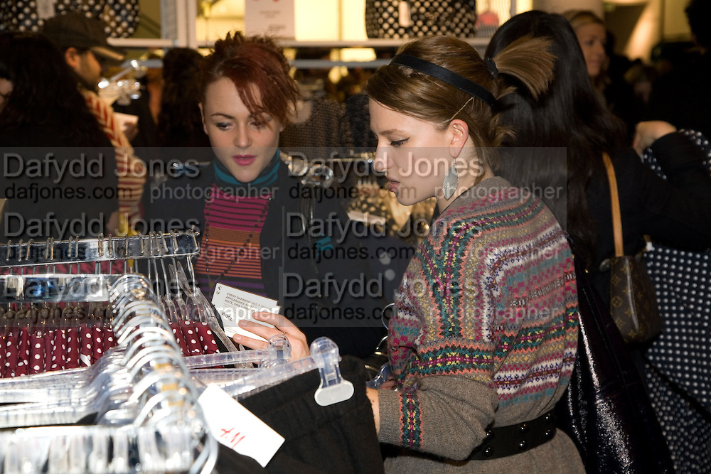 JAIME WINSTONE; RUTH CORNAC,  H & M preview of Come Des Garcons for H & M. H & M Regent St. London W1. 12 November 2008.  *** Local Caption *** -DO NOT ARCHIVE-© Copyright Photograph by Dafydd Jones. 248 Clapham Rd. London SW9 0PZ. Tel 0207 820 0771. www.dafjones.com.