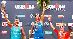 28.06.2015, Klagenfurt am Wörthersee, AUT, Ironman Austria 2015, im Bild v.l.: Lisa Huetthaler (AUT, 2. Platz), Siegerin Eva Wutti (AUT), Sarah Piampiano (USA, 3. Platz) // during the 2015 Ironman Austria at Klagenfurt, Austria on 2015/06/28. EXPA Pictures © 2015, PhotoCredit: EXPA/ JFK