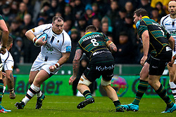 Conor Carey of Worcester Warriors takes on Teimana Harrison of Northampton Saints - Mandatory by-line: Robbie Stephenson/JMP - 26/10/2019 - RUGBY - Franklin's Gardens - Northampton, England - Northampton Saints v Worcester Warriors - Gallagher Premiership Rugby