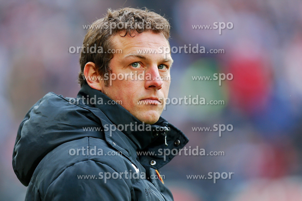23.02.2013, SGL Arena, Augsburg, GER, 1. FBL, FC Augsburg vs TSG 1899 Hoffenheim, 23. Runde, im Bild Trainer Markus Weinzierl (FC Augsburg) // during the German Bundesliga 23rd round match between FC Augsburg and TSG 1899 Hoffenheim at the SGL Arena, Augsburg, Germany on 2013/02/23. EXPA Pictures © 2013, PhotoCredit: EXPA/ Eibner/ Peter Fast..***** ATTENTION - OUT OF GER *****