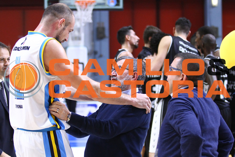 DESCRIZIONE : Cremona Lega A 2015-2016 Vanoli Cremona Obiettivo Lavoro Bologna<br /> GIOCATORE : Marco Cusin Aldo Vanoli Presidente<br /> SQUADRA : Vanoli Cremona<br /> EVENTO : Campionato Lega A 2015-2016<br /> GARA : Vanoli Cremona Obiettivo Lavoro Bologna<br /> DATA : 06/12/2015<br /> CATEGORIA : Ritratto Esultanza<br /> SPORT : Pallacanestro<br /> AUTORE : Agenzia Ciamillo-Castoria/F.Zovadelli<br /> GALLERIA : Lega Basket A 2015-2016<br /> FOTONOTIZIA : Cremona Campionato Italiano Lega A 2015-16  Vanoli Cremona Obiettivo Lavoro Bologna<br /> PREDEFINITA : <br /> F Zovadelli/Ciamillo