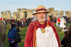 © Licensed to London News Pictures.  21/06/2018; Amesbury, Wiltshire UK. ROLLO MAUGHFLING, the Archdruid of Stonehenge and Britain, at Stonehenge Summer Solstice. An estimated 9500 people gather at the ancient monument of Stonehenge to celebrate the dawn and sunrise on the longest day of the year and the official start of summer. English Heritage provide free public access to the stones each year for the solstice. Photo credit: Simon Chapman/LNP