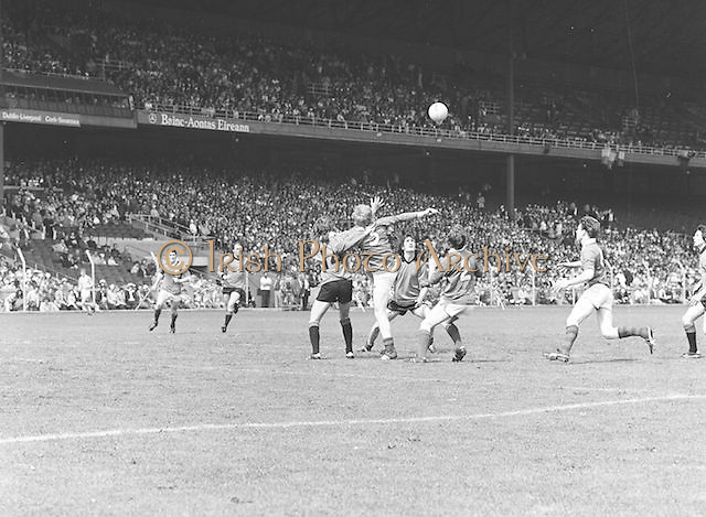 All Ireland Football Semi Finals - Armagh v Roscommon (seniors) - Down v Mayo (minors)..14.08.1977  14th August 1977