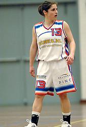 27-04-2006 BASKETBAL: PLAY OFF: BV LELY - CBV BINNENLAND: AMSTERDAM<br /> Binnenland wint ook de tweede wedstrijd en staat nu in de halve finale / Nathalie Hudec<br /> ©2006-WWW.FOTOHOOGENDOORN.NL