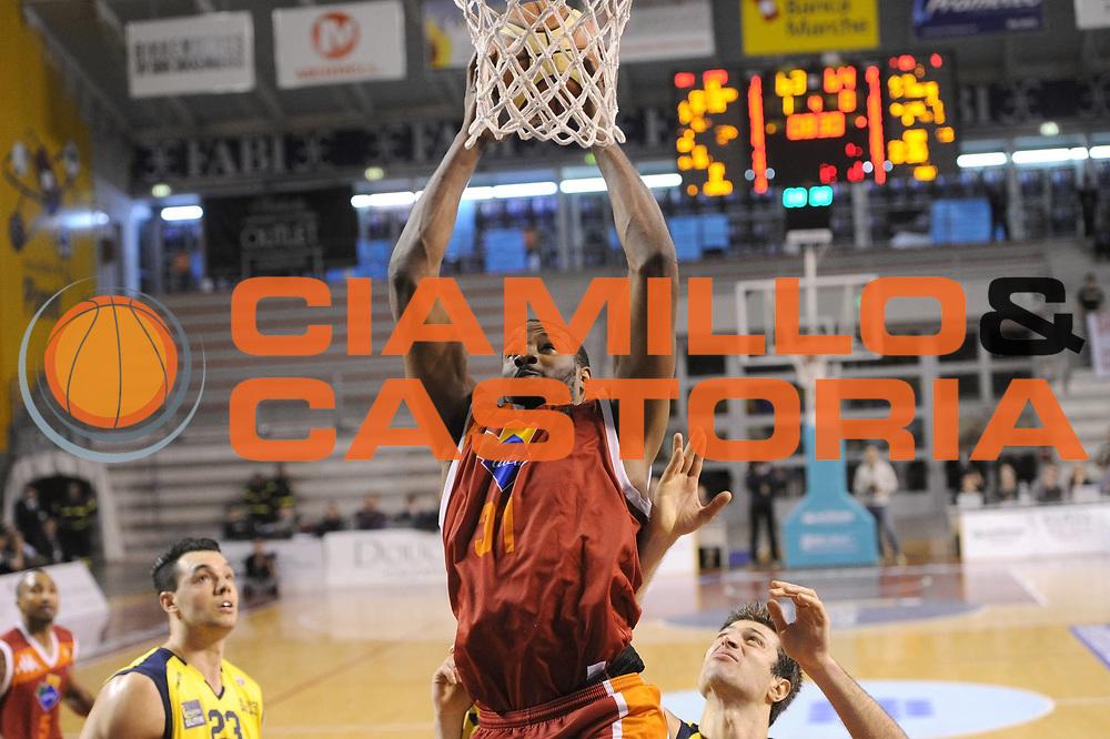 DESCRIZIONE : Ancona Lega A 2012-13 Sutor Montegranaro Acea Roma<br /> GIOCATORE : Gani Lawal<br /> CATEGORIA : tiro<br /> SQUADRA : Acea Roma<br /> EVENTO : Campionato Lega A 2012-2013 <br /> GARA : Sutor Montegranaro Acea Roma<br /> DATA : 13/01/2013<br /> SPORT : Pallacanestro <br /> AUTORE : Agenzia Ciamillo-Castoria/C.De Massis<br /> Galleria : Lega Basket A 2012-2013  <br /> Fotonotizia : Ancona Lega A 2012-13 Sutor Montegranaro Acea Roma<br /> Predefinita :