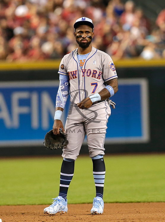 New York Mets shortstop Jose Reyes (7) in the first inning during a baseball game against the Arizona Diamondbacks, Sunday, June 17, 2018, in Phoenix. (AP Photo/Rick Scuteri)