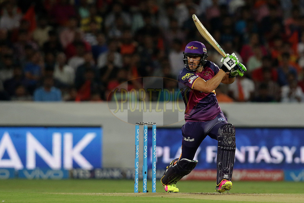 Faf du Plesis of Rising Pune Supergiants plays a shot during match 22 of the Vivo IPL 2016 (Indian Premier League ) between the Sunrisers Hyderabad and the Rising Pune Supergiants held at the Rajiv Gandhi Intl. Cricket Stadium, Hyderabad on the 26th April 2016<br /> <br /> Photo by Rahul Gulati / IPL/ SPORTZPICS