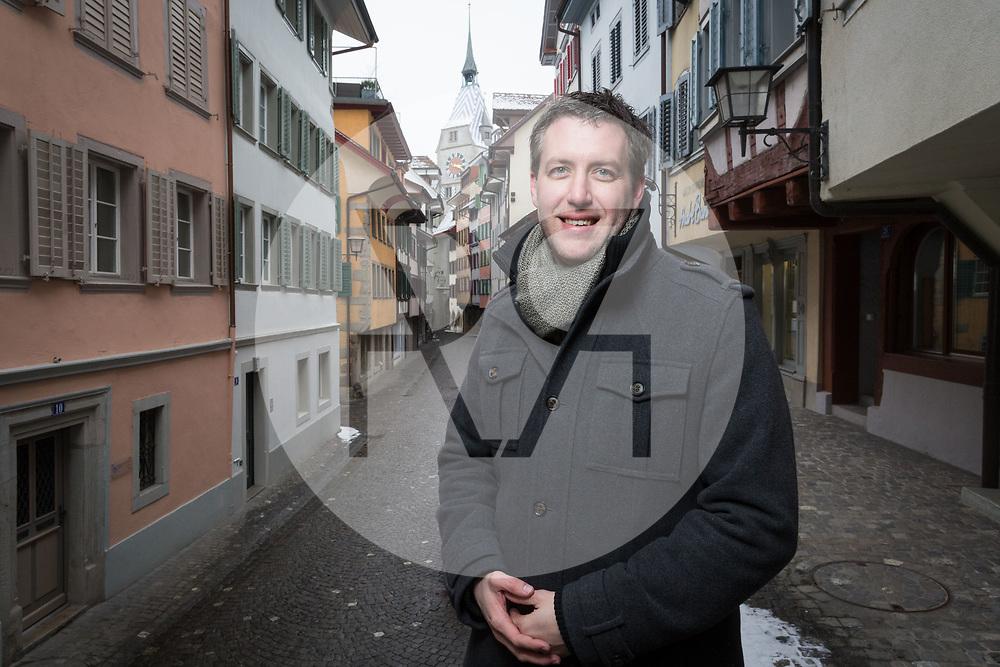 SCHWEIZ - ZUG - Andreas Hürlimann, Kantonsrat,  ALG Alternative-die Grünen, in der Obere Altstadt - 01. März 2018 © Raphael Hünerfauth - http://huenerfauth.ch
