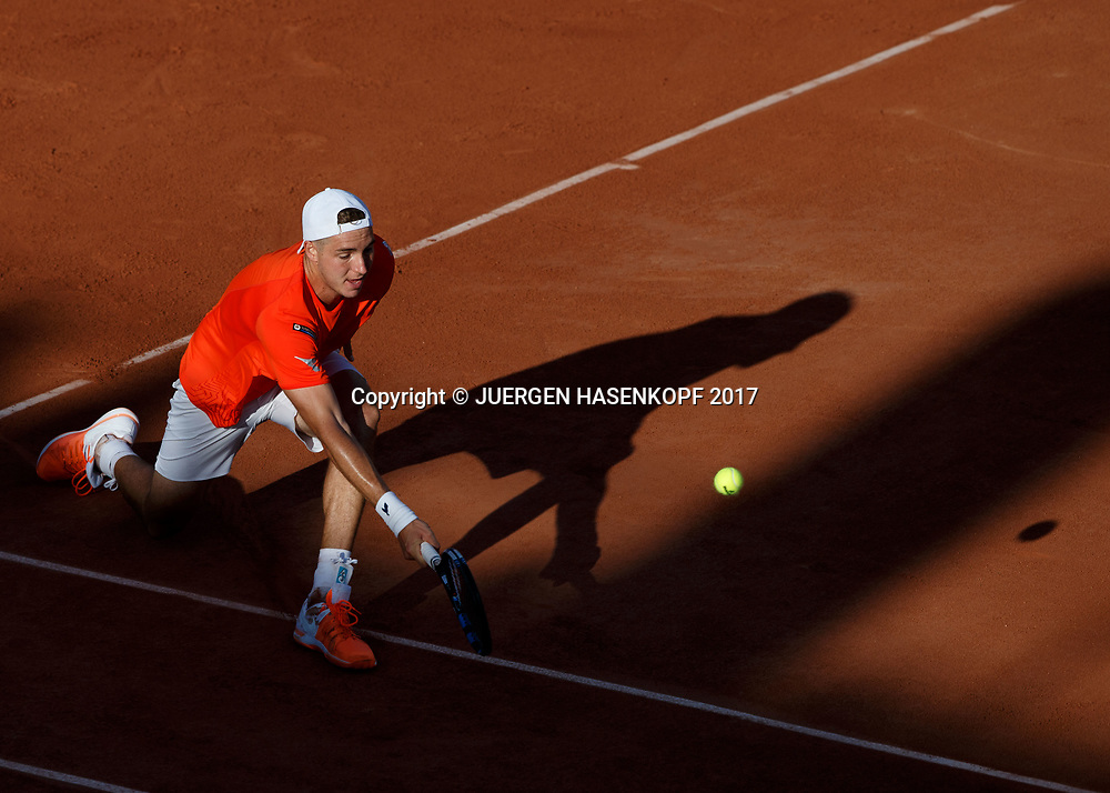 JAN-LENNARD STRUFF (GER)<br /> <br /> Tennis - French Open 2017 - Grand Slam ATP / WTA -  Roland Garros - Paris -  - France  - 30 May 2017.