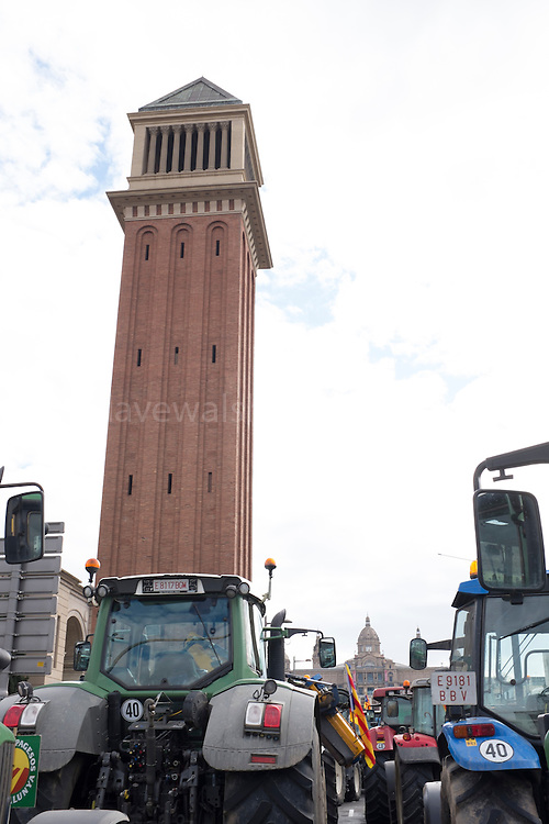 500 tractors at farmers protest at Placa d'Espanya, Barcelona, calling for greater government support and respect of the farming sector, 28 January 2017.