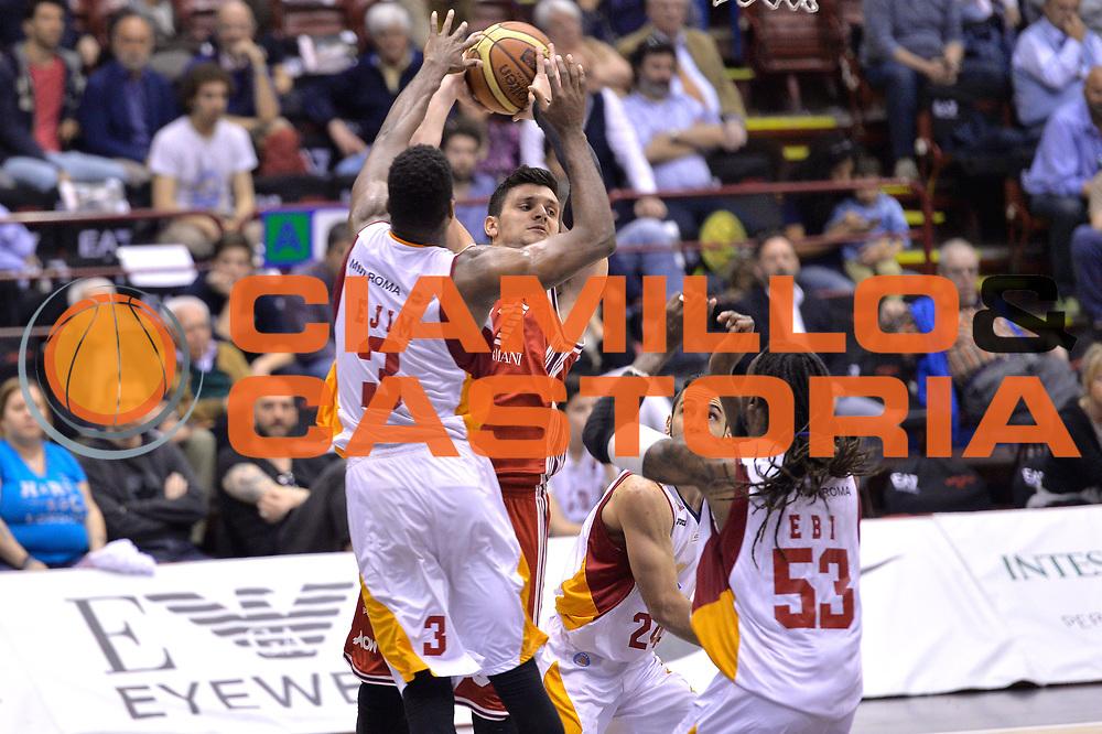 DESCRIZIONE : Milano Lega A 2014-15 EA7 Olimpia Milano - Acea Virtus Roma GIOCATORE : Alessandro Gentile<br /> CATEGORIA : Passaggio difesa<br /> SQUADRA : EA7 Emporio Armani Milano<br /> EVENTO : Campionato Lega A 2014-2015 GARA : EA7 Olimpia Milano - Acea Virtus Roma <br /> DATA : 12/04/2015 <br /> SPORT : Pallacanestro <br /> AUTORE : Agenzia Ciamillo-Castoria/IvanMancini<br /> Galleria : Lega Basket A 2014-2015 Fotonotizia : Milano Lega A 2014-15 EA7 Olimpia Milano - Acea Virtus Roma