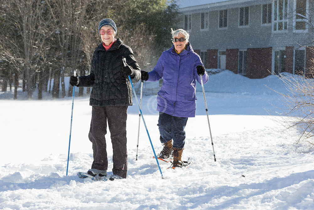 Thornton Oaks retirement center winter activity day