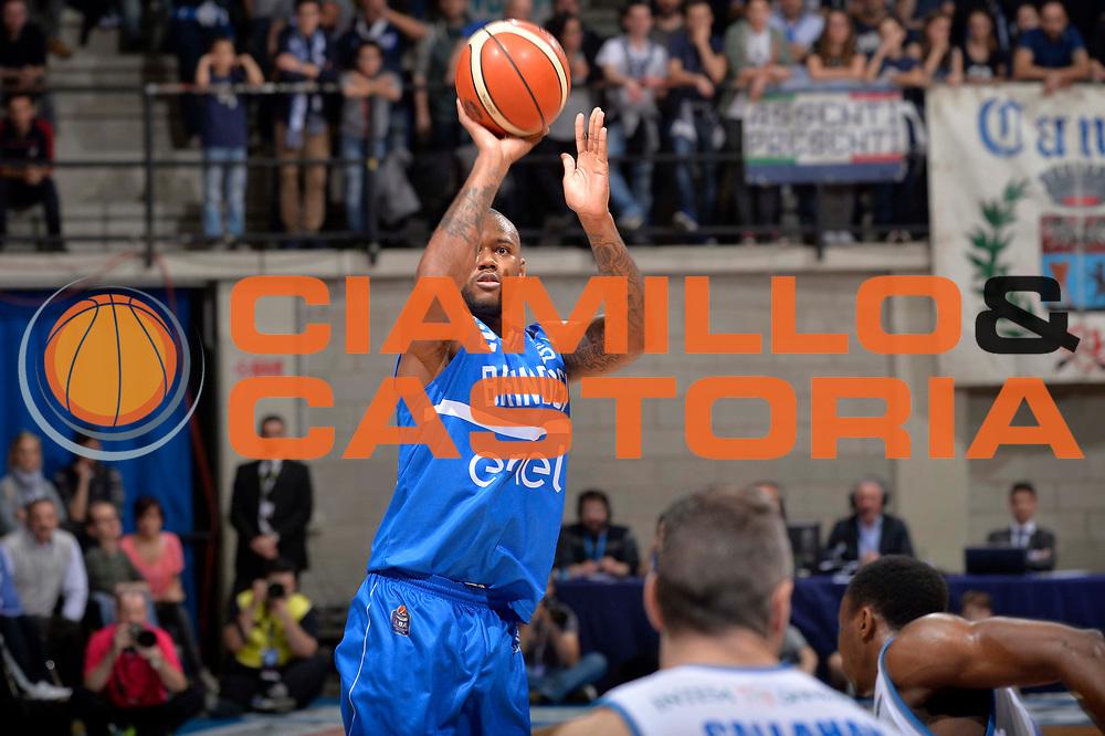Amath M Baye<br /> Mia Cantu - Enel New Basket Brindisi<br /> Lega Basket Serie A 2016/2017<br /> Desio, 19/03/2017<br /> Foto Ciamillo - Castoria