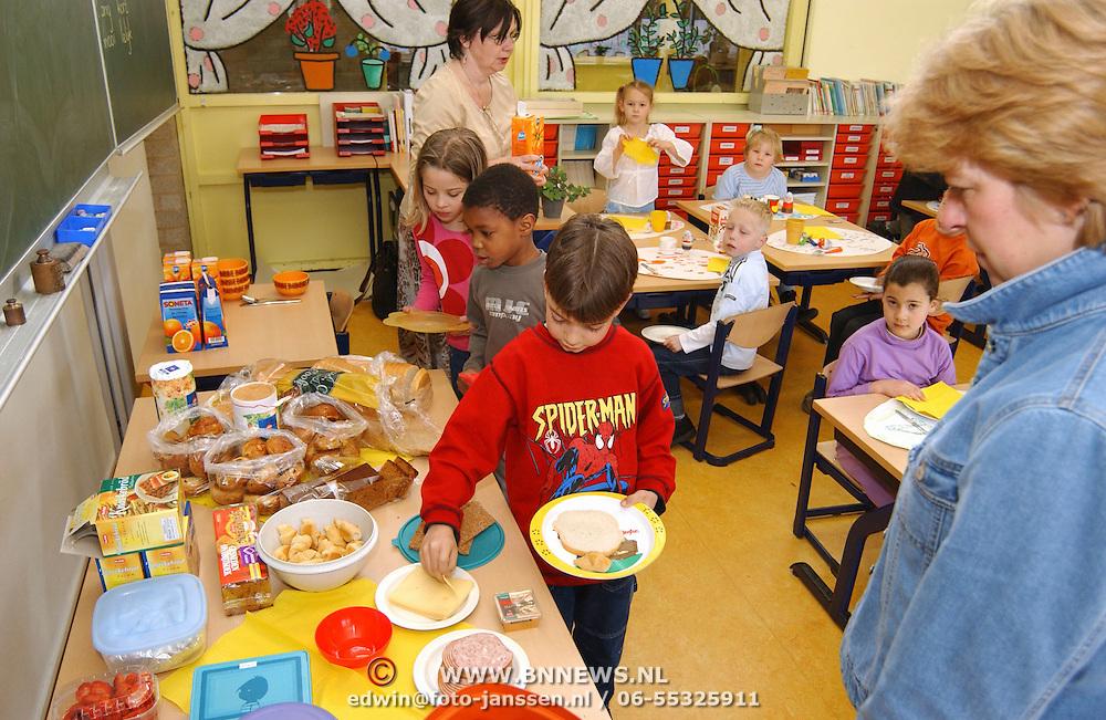 Lente ontbijt kamperfoelieschool Huizen