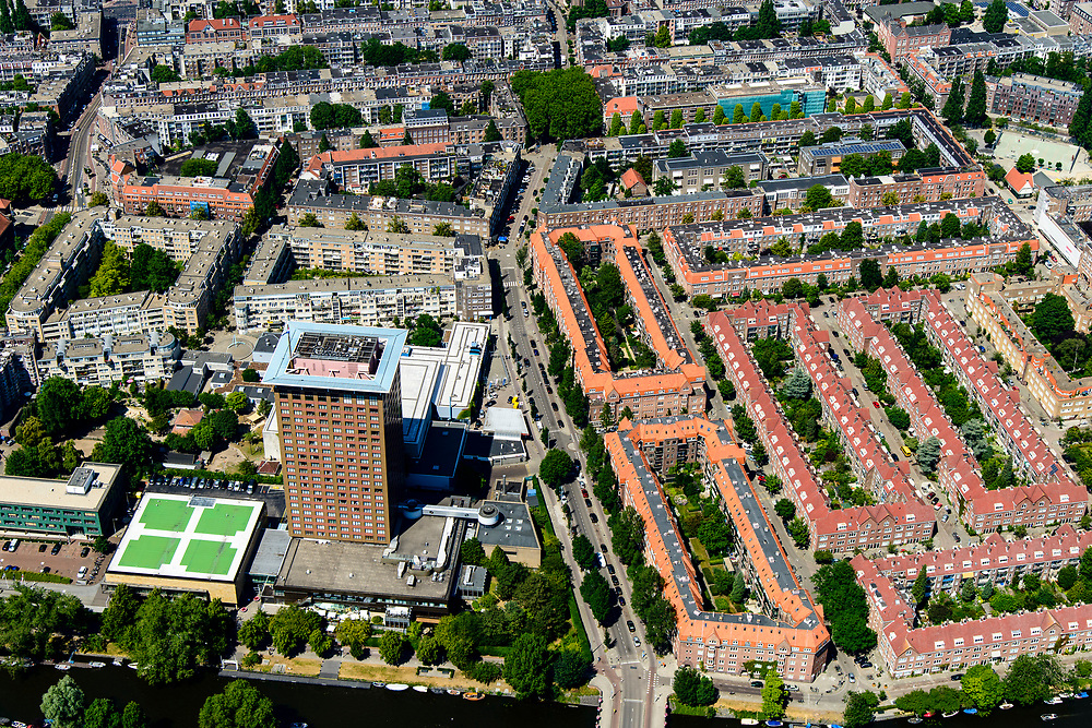 Nederland, Noord-Holland, Amsterdam, 29-06-2018; Amsterdam-Zuid, Nieuwe Pijp met onder andere Okura Hotel, Ferdinand Bolstraat, Twwede van der Helststraat.<br /> Southern part of Amsterdam.<br /> <br /> luchtfoto (toeslag op standard tarieven);<br /> aerial photo (additional fee required);<br /> copyright foto/photo Siebe Swart